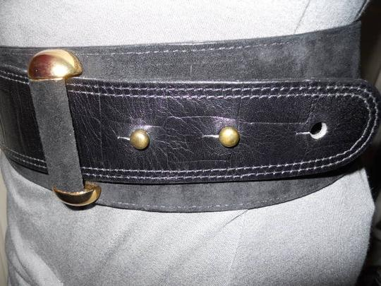 Patricia Green Details Patricia Green leather belt