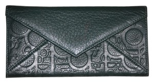 purificacion garcia PURIFICACION GARCIA Green Leather Envelope Style Wallet