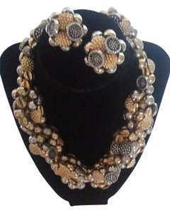 SALE!!! Vintage Mid-Century Button Necklace and Earrings