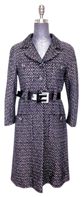 Preload https://item3.tradesy.com/images/chanel-black-07a-boucle-size-8-m-1252887-0-0.jpg?width=400&height=650