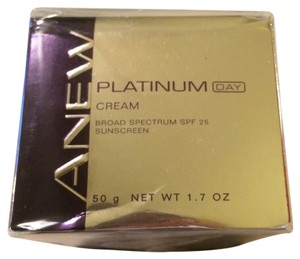 Avon Fashions NIB Platinum Day Cream