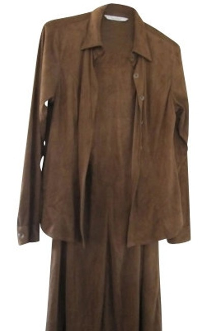 Preload https://item2.tradesy.com/images/cabi-carol-anderson-jf17-and-top-brown-suede-peachs-skirt-suit-size-12-l-12531-0-0.jpg?width=400&height=650
