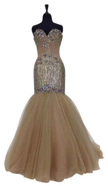 Item - Nude Multi New Exclusive E21174 In Long Formal Dress Size 8 (M)