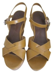 American Eagle Outfitters Wedges Yellow/Brown Sandals