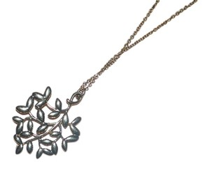 Tiffany & Co. 18k gold olive leaf pendant necklace