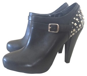 Steve Madden Black with silver studs Boots