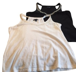 Gap Top 1 black - 1 white