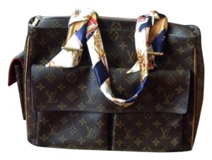Louis Vuitton Tote in Monogram Canvas Brown