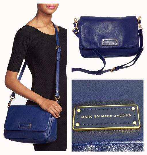 Preload https://item4.tradesy.com/images/marc-by-marc-jacobs-too-hot-to-handle-lea-purple-violet-leather-cross-body-bag-1254098-0-0.jpg?width=440&height=440