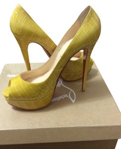 Christian Louboutin Yellow Jaune Pumps