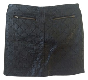 Tinley Road Mini Faux Leather Mini Skirt Black