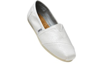 a7fd78e6165 TOMS Wedding Shoes - Up to 90% off at Tradesy