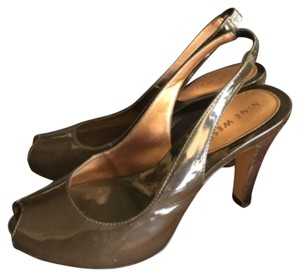 Nine West Chocolate Patent Pumps