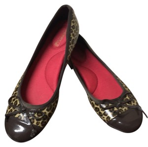 Sperry Brown/ cheetah Flats