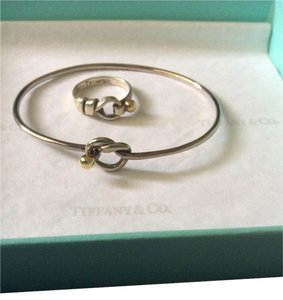 Tiffany & Co. 18k Ball Center piece Set ring and bracelet