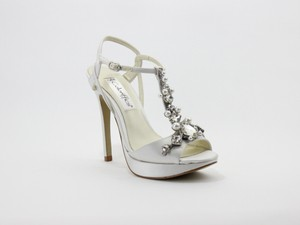 Coloriffics Crystal Rhinestone And Pearl T-strap Wedding Shoes