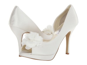 Coloriffics Danica Flower Embellished Pump Wedding Shoes