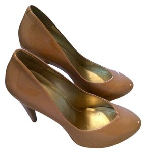 BCBGeneration Beige/Tan Pumps