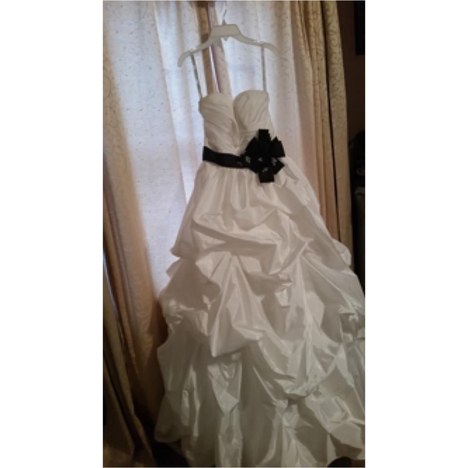 Alfred angelo diamond white black nylon modern wedding for Alfred angelo black and white wedding dress