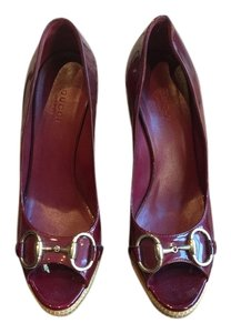Gucci Maroon Patent Leather Pumps