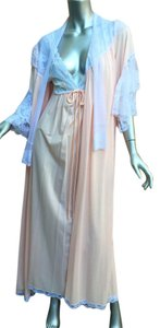 Lucie Ann of Beverly Hills Dead Stock Vintage Intimates Robe Dress