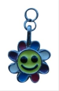 Other Silver Daisy Pendant