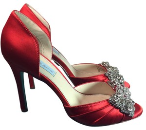 Betsey Johnson Wedding Jewelry Ringstones Satin Sale Clearance Red Pumps