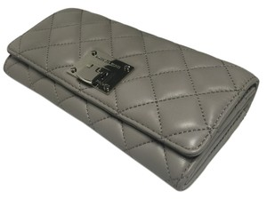 Michael Kors Michael Kors Astrid Carryall Clutch Wallet Quilted Pearl Grey Leather