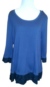 LOGO by Lori Goldstein Soft Comfortable Well Made Great Over Leggings Tunic