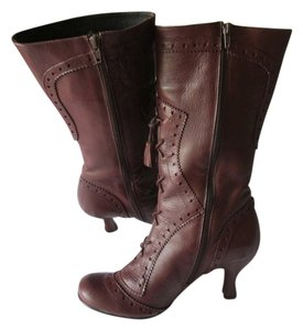Steve Madden Patent Leather Comfortable Brown Boots