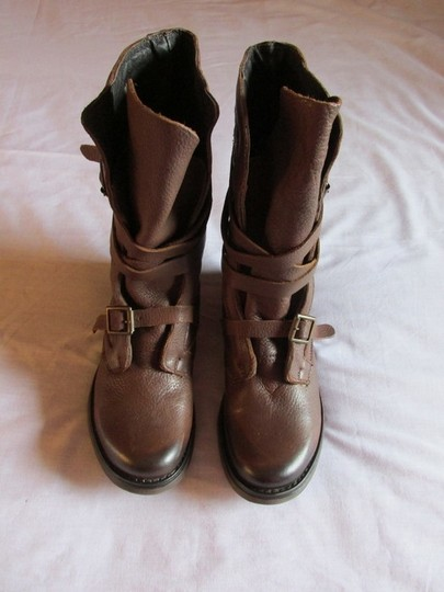 Steve Madden Patent Leather Comfortable Soft Brown Boots