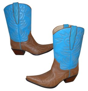 Guess By Marciano Leather Western brown & turquoise Boots