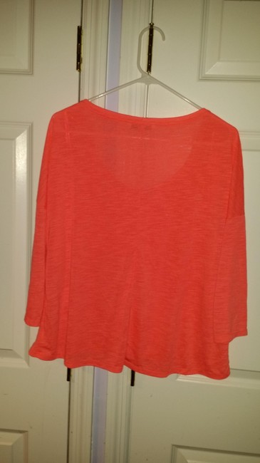 American Eagle Outfitters Bright Cotton Machine Washable Casual Soft Comfortable T Shirt Salmon pink