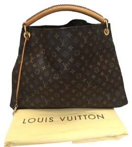afb7df8914b4 Louis Vuitton Artsy GM Hobo Bags - Up to 70% off at Tradesy