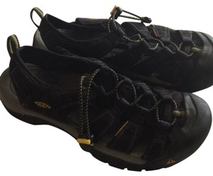 Keen Black with yellow Athletic