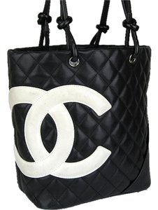 37a1413d8feb Chanel Bag Cc Quilted Ligne Purse. Black White Cambon Leather Tote ...
