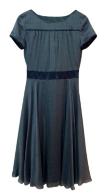 Preload https://item2.tradesy.com/images/tocca-grey-white-pinstripe-lanuvio-silk-satin-trim-above-knee-cocktail-dress-size-4-s-12576-0-0.jpg?width=400&height=650