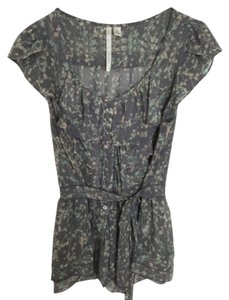 LC Lauren Conrad Flower Floral Grey Summer Work Attire Top