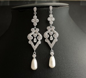 Vintage Bridal Earrings Wedding With Freshwater Pearl And Crystals