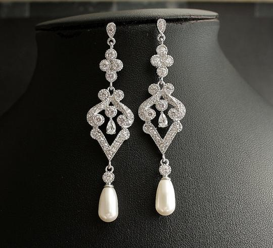 Vintage with Freshwater Pearl and Crystals Earrings