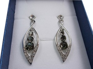 Gray and White Fashion Earrings Free Shipping