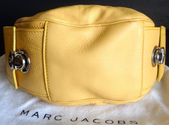 Marc Jacobs Leather Silver Hardware Studded Dust Hobo Bag Image 7