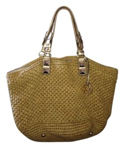 Michael Kors Beige /gold Beach Bag