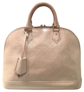 Louis Vuitton Satchel in Blanc Coral White