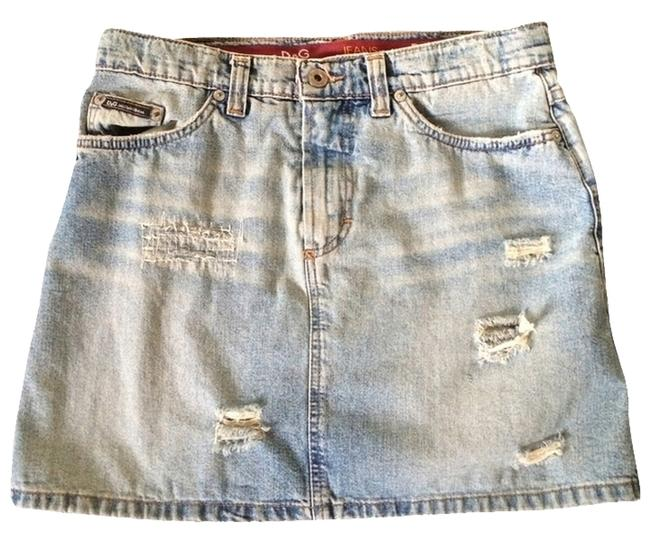 Preload https://item3.tradesy.com/images/dolce-and-gabbana-distressed-denim-d-and-g-miniskirt-size-2-xs-26-1258112-0-0.jpg?width=400&height=650