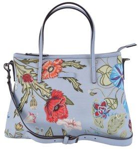f15a3b6fd45 Gucci Flora Collection Bags - Up to 70% off at Tradesy