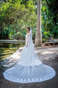 Zveil Ivory Or White Long Lace Cathedral Bridal