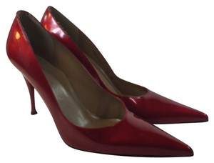 Stuart Weitzman Stiletto Size 9 Patent Near New Red Pumps