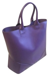 Givenchy Leather Leather Tote in Purple