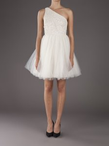 Alice + Olivia White Tulle Skirt Embellished/Beaded Bodice. Corinne Party Feminine Wedding Dress Size 6 (S)